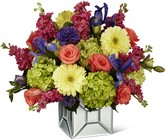 The FTD Extravagant Gestures Luxury Bouquet from Fields Flowers in Ashland, KY